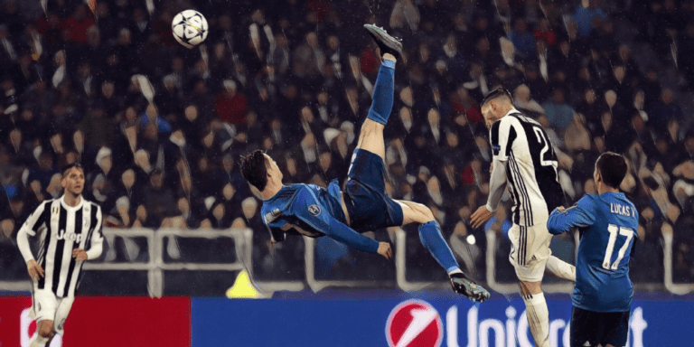 Cristiano Ronaldo's breathtaking bicycle kick against Juventus